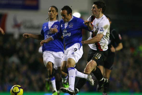 El otro equipo de Liverpool, el Everton de Landon Donovan, tuvo mejor su...