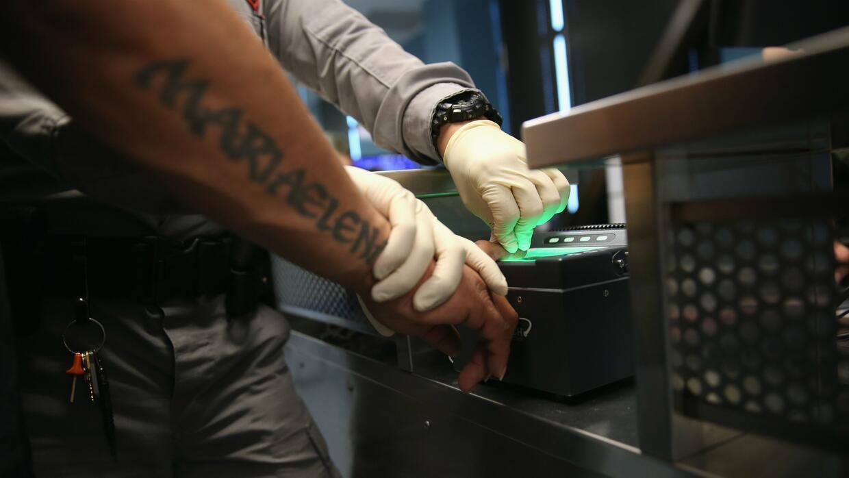 ¿Los residentes legales están en peligro de ser deportados?