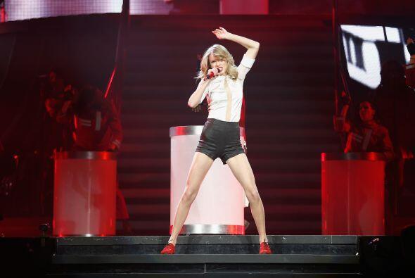 Taylor es la primera famosa en repetir en dicha distinción, pues en 2011...
