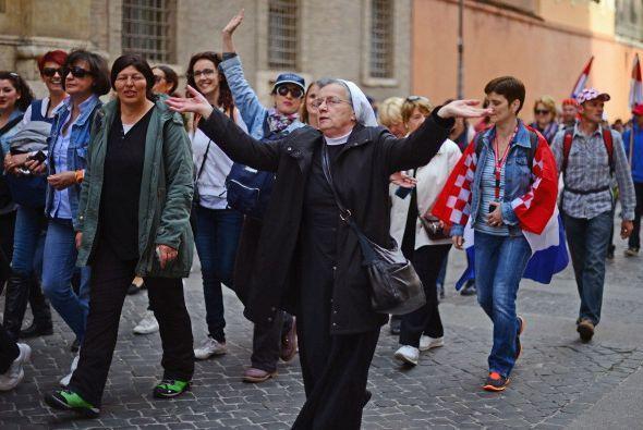 Han hecho que Roma y la Ciudad del Vaticano estén abarrotadas de cientos...