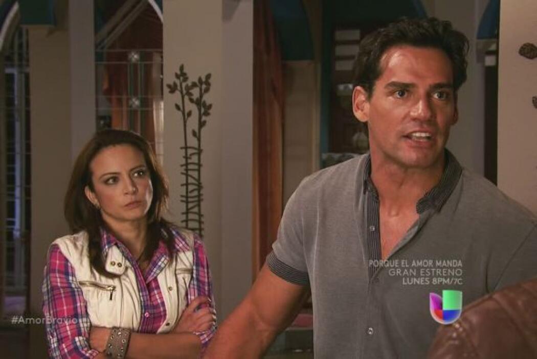 Camila y Daniel enfrentan a Dionisio y lo corren definitivamente de La M...