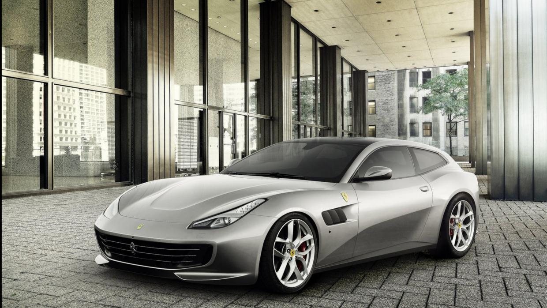 El Ferrari GTC4 Lusso T es nueva la versión 'light' y turbo alime...