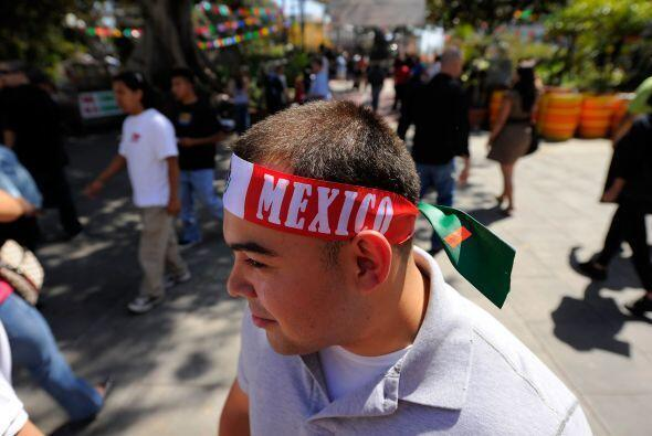 En Los Angeles, California, un gigantesco festival tiene lugar cada 5 de...