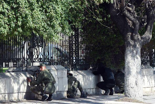 También hay víctimas tunecinas, un policía y una empleada de la limpieza...