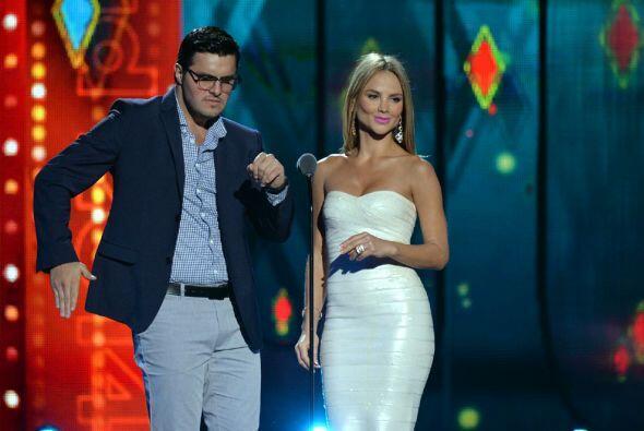 Ximena Córdoba y Paul Stanley presentaron el premio a La Más Pegajosa. S...