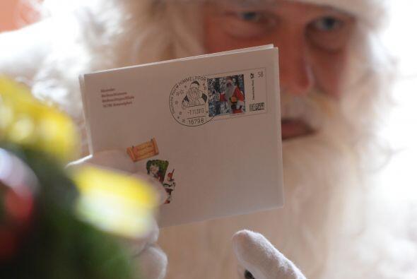 Cada carta tiene una, dos o tres peticiones y el presupuesto de Santa pu...