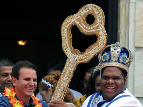 El Rey Momo recibe las llaves y así comienza oficialmente la cele...