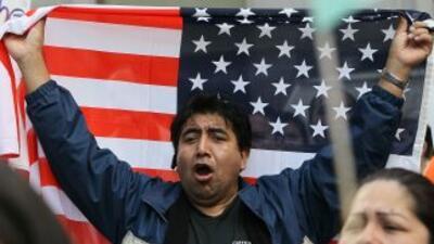 En Florida viven entre 1.2 y 1.8 millones de inmigrantes indocumentados...