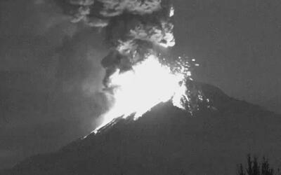 Una nueva y espectacular erupción del Popocatépetl