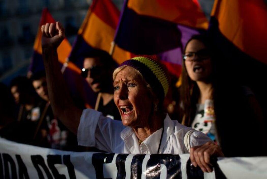 """""""Esta es nuestra bandera"""", """"No hay dos sin tres, República otra vez"""" o """"..."""