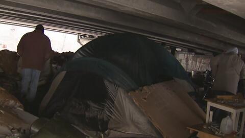 Así se recuperan los desamparados de Passaic rescatados de la tormenta i...