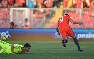 Paredes dijo 'presente' para Chile en estas eliminatorias.