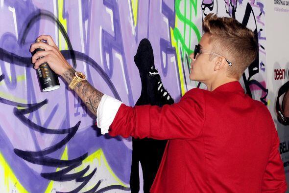 Si a Justin Bieber le comprueban los cargos de vandalismo por el ataque...