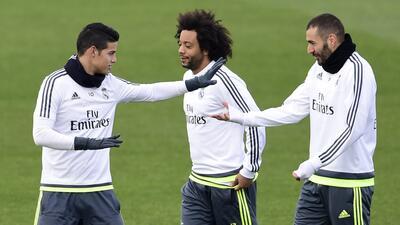 James, Marcelo y Benzema en una práctica del Real Madrid