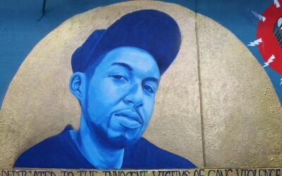 Jeff, Jr., conocido como J-Def, fue grafitero y aspirante a músic...