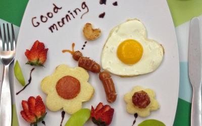 Divertidos huevos para el desayuno
