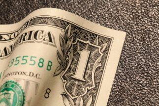 Dolar.