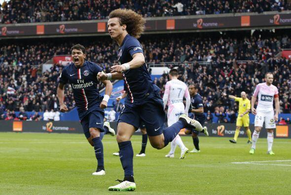 A David Luiz se lo pelearon Real Madrid y Barcelona el año pasado...