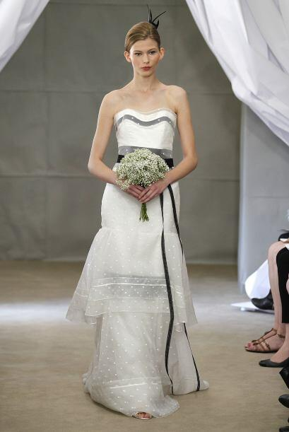 La diseñadora Carolina Herrera tiene un vestido en el que agreg&o...