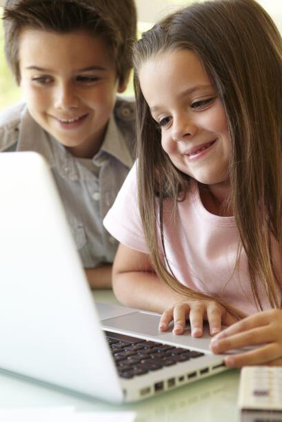 Cuando aprenden a tipear. Si tu niño ya sabe escribir con el teclado, po...