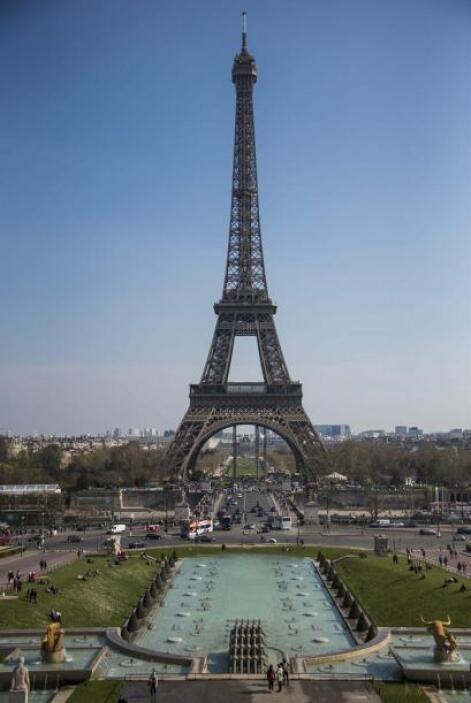 El monumento estuvo rodeado de gran polémica durante los más de dos años...
