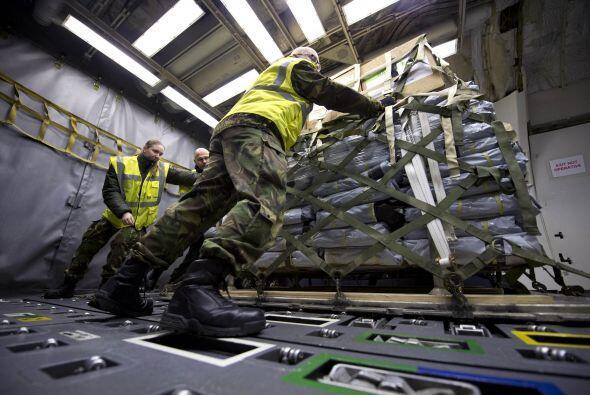 Cientos de países han enviado ayuda humanitaria al devastado país asiático.
