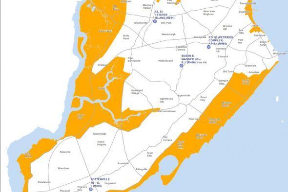 Finalmente, el área de Staten Island que tiene contacto con el ma...