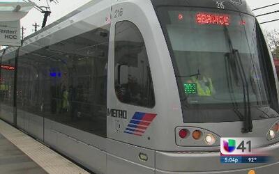VIA aplaza, pero no abandona el sistema de tren ligero