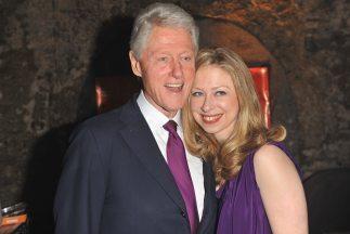 El expresidente Clinton y su hija serán reconocidos este jueves como par...