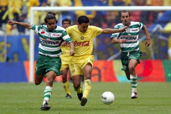En el Apertura 2002 los Santos una vez más dieron cuenta del Am&e...