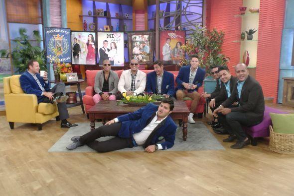 Paul se puso cómodo para disfrutar de las telenovelas.