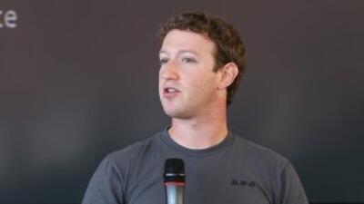 Zuckerberg presenta la nueva aplicación de Facebook, que espera sustituy...