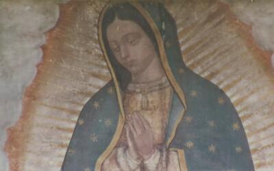 Homenajean a la Virgen de Guadalupe en el Cerrito del Tepeyac en Des Pla...