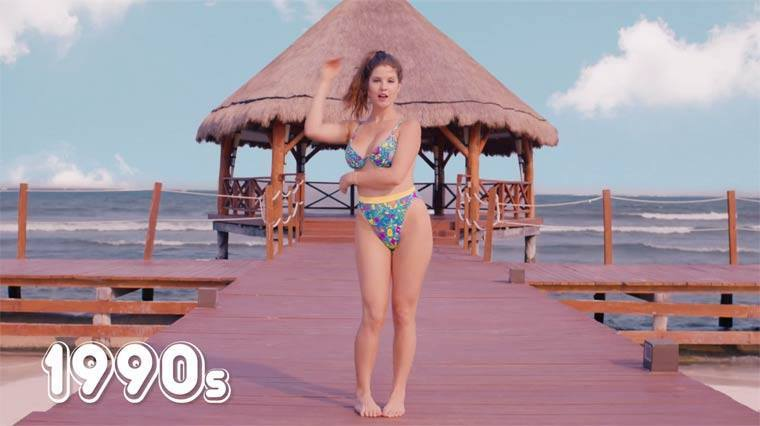 La moda ha evolucionado a través de los años y los bikinis son un ejempl...