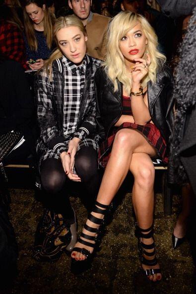 La rebelde e inigualable Rita Ora también prestó mucha atención a cada p...