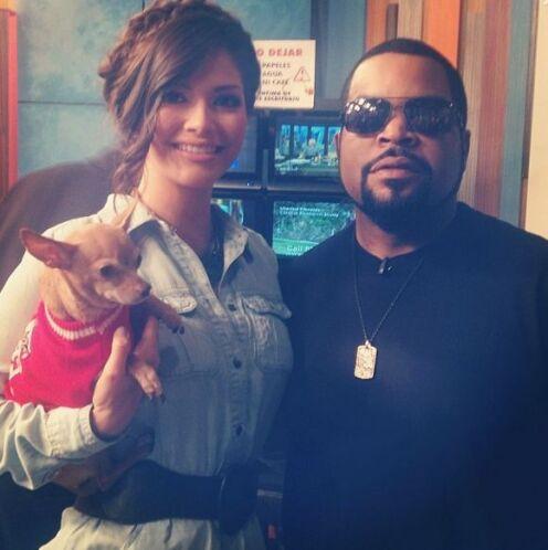 """""""Con @IceCube en @DespiertaAmericaTv"""", compartió Ana Patricia. (Enero 8,..."""