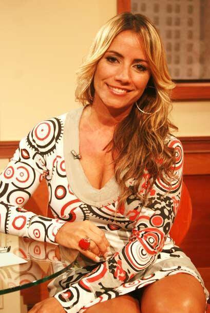 La cantante puertorriqueña Melina León llega a Veredicto Final a sentirs...