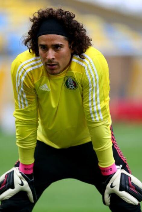 Guillermo Ochoa.- Parece inminente el regreso a la titularidad de Ochoa...