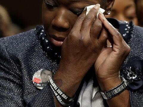 Sybrina Fulton, la madre de Trayvon Martin, le pedirá a un panel...