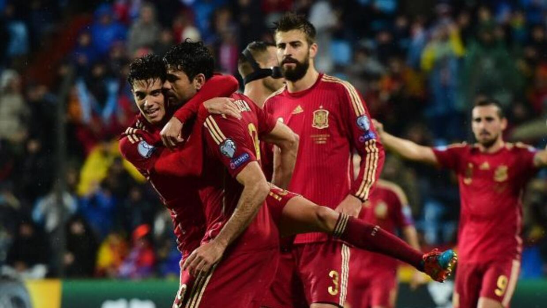 Diego Costa anotó su primer gol con la seleccion española.