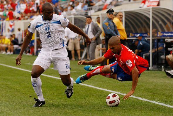 Osman Chávez (Honduras): El mediocampista de la selección...