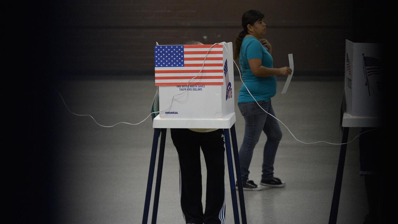 Actualmente, los dominicanos y puertorriqueños representan la mayoría de...