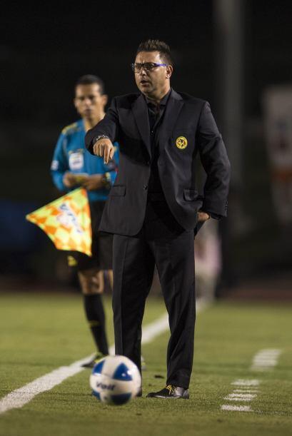 Antonio Mohamed cinco ganados, cinco perdidos.- A la mitad, así ha sido...
