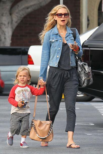 Kate Hudson salió de compras con su encantador hijo Bingham. Mira aquí l...