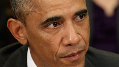 Obama promete ser más estricto en monitoreo de ébola
