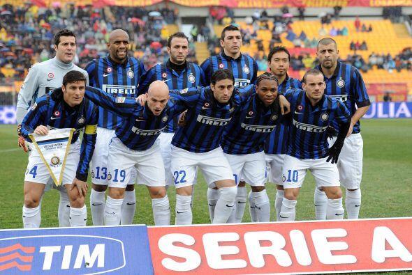 Alineaciones probables  Inter de Milán: Julio Cesar; Maicon, Lucio, Samu...