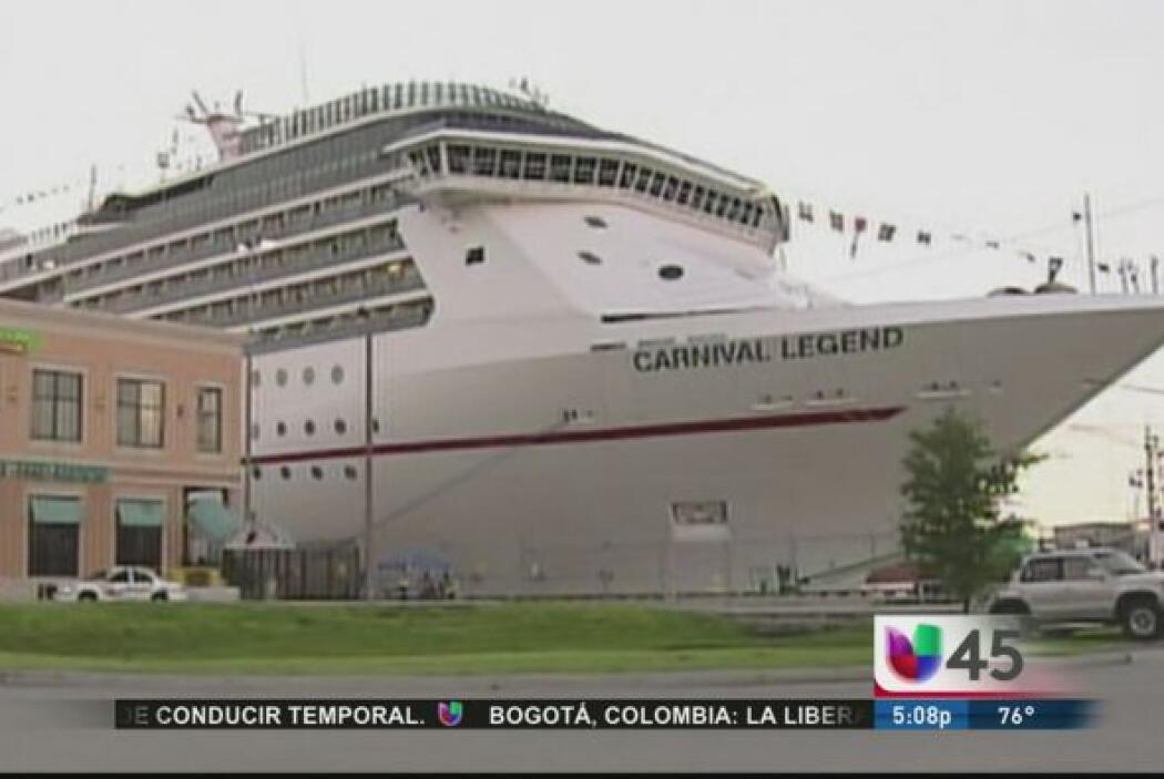 Otro crucero de la empresa Carnival registró problemas y se encuentra at...