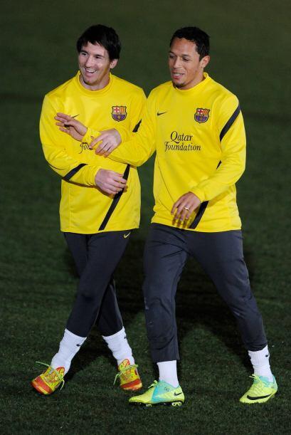 Las bromas no paraban entre los futbolistas, como aquí con Messi...
