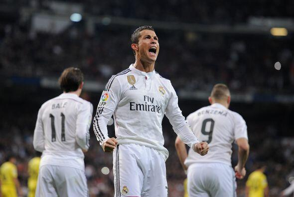 Ya que Eric Bailly cometió una falta sorbe Cristiano Ronaldo dentro del...