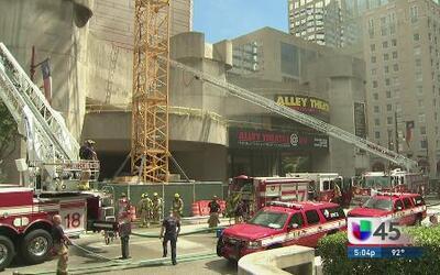 Grandes daños tras incendio en el Alley Theatre